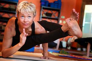 mara-universal-yoga