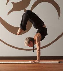 mara-universal-yoga2